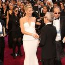 Charlize Theron At The 85th Annual Academy Awards (2013) - 431 x 594