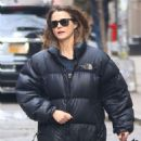 Keri Russell – Shopping at Space NK in NYC - 454 x 681