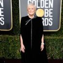 Glenn Close At The 76th Annual Golden globes  (2019) - 400 x 600