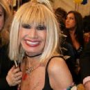 Betsey Johnson - 218 x 320