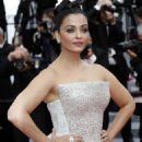 Aishwarya Rai – 'Sink or Swim' Premiere at 2018 Cannes Film Festival - 454 x 683