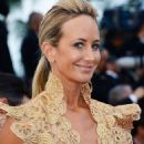 How embarrassing! A bra-less Lady Victoria Hervey gets kicked off the red carpet in Cannes after posing for too long - 454 x 644