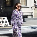 Katie Holmes in a Floral Print Dress in New York City - 454 x 678