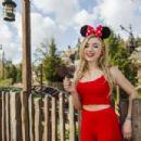 Peyton R List – Visits Magic Kingdom Park at Disney World in Florida