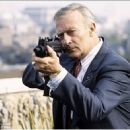 Edward Woodward - 454 x 434
