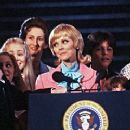 The Brady Bunch At The White House - 450 x 250