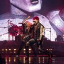 Queen & Adam Lambert rock Vancouver at Rogers Arena on July 2, 2017 - 454 x 324