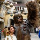 Sarah Hyland – Star Wars: Galaxy's Edge – Adventure