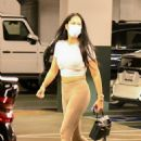 Kimora Lee Simmons – Visits a dentist office on Thanksgiving