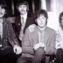 John Lennon - 454 x 302