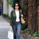 Cindy Crawford – Shopping in West Hollywood - 454 x 618