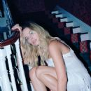 Margot Robbie - Oyster Magazine Pictorial [Australia] (May 2016)