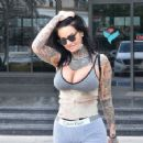 Jemma Lucy – Leaving a clinic in Izmir - 454 x 356