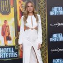 Tanya Mityushina – 'Hotel Artemis' Premiere in Los Angeles - 454 x 674
