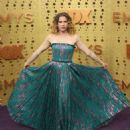 Anna Chlumsky – 71st Emmy Awards in Los Angeles - 454 x 566