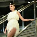 Emily Ratajkowski – Tomo Koizumi Fashion Show in New York - 454 x 302