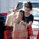 Ariel Winter – Shopping in Studio City