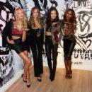 VS Angels – Shop the Victoria's Secret Runway Event in NYC - 454 x 425