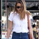 Amber Heard: running around in Los Angeles