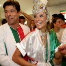 Maurício Mattar and Paola Oliveira - 454 x 355