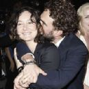 Sara Gilbert and Johnny Galecki - 298 x 450