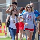 Taylor Lautner and Emma Roberts
