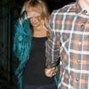 Nicole Richie At Nobu Hiding After Dinner With Joel Madden, 2008-09-01 - 454 x 581