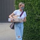 Brie Larson – Pictured leaving a celebrity stylist's home in Los Angeles - 454 x 641