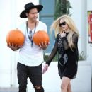 Avril Lavigne and Ryan Cabrera Are Living Together After His Split With Girlfriend