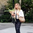 Amelia Windsor – Pictured with bouquet of flowers while out in London - 454 x 598