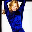 Lara Stone - Grazia Magazine Pictorial [Italy] (October 2014) - 454 x 580