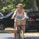 Elsa Pataky – Riding her bicycle in Byron Bay - 454 x 621