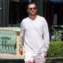 Scott Disick  out running errands in Calabasas, California on August 2, 2016 - 454 x 569