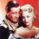 John Wayne, Constance Towers - 454 x 555