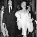 Marilyn Monroe arrives at the premiere of The Seven Year Itch, Loew's State Theater, Times Square, New York. June 1st, 1955