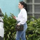 Ariel Winter in Jeans out in Los Angeles - 454 x 682