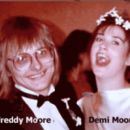 Freddy and Demi Moore - 454 x 395