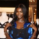 Victoria's Secret Angel Leomie Anderson Debuts New Fall Collection - 454 x 596