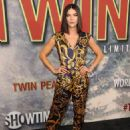"Jessica Szohr – ""Twin Peaks"" Premiere in Los Angeles 05/19/2017 - 454 x 593"