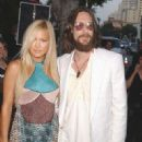 Chris Robinson and Kate Hudson - 322 x 480