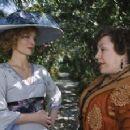 Michelle Pfeiffer as Léa de Lonval, Kathy Bates as Madame Peloux. Photo credit: Bruno Calvo.