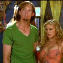 Isla Fisher and Matthew Lillard