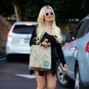 Holly Madison – Shopping at Whole Foods in Studio City