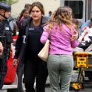 Mariska Hargitay – On set of 'Law and Order: SVU' in Manhattan - 454 x 681