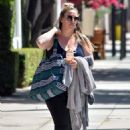 Haylie Duff – Out in Los Angeles - 454 x 635