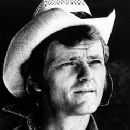 Jerry Reed - 240 x 320