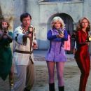 Jamie Lee Curtis, Gil Gerard, Tara Buckman and Erin Gray in Buck Rogers - 454 x 322