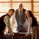 (left to right) Jimmy Olsen (SAM HUNTINGTON), Perry White (FRANK LANGELLA) and Lois Lane (KATE BOSWORTH) discuss the sudden reappearance of the Man of Steel in Warner Bros. Pictures' and Legendary Pictures' action adventure Superman Returns. P
