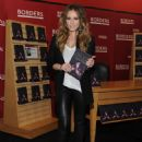 "Hilary Duff - Signing Copies Of ""Elixir"" At Borders Book Store In New York City, 11.10.2010."