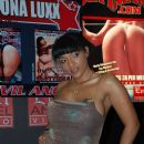 Loona Luxx